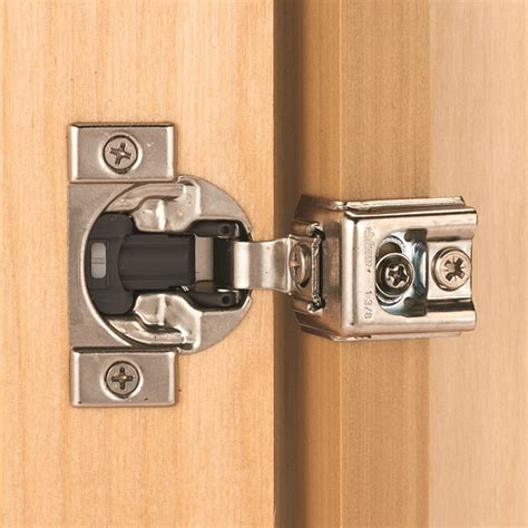 Face frame overlay hinges Image