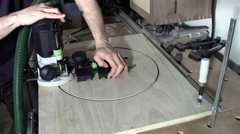 festool of 1400 router circle jig using guide stop mod Image