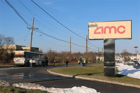 Find A Parking Garage Near Me Make Your Own Beautiful  HD Wallpapers, Images Over 1000+ [ralydesign.ml]