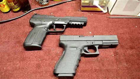 Fn Five Seven Vs Glock 19