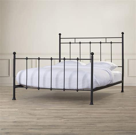 Forreston Queen Panel Bed