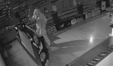 Gun-Store Fredericksburg Gun Store.
