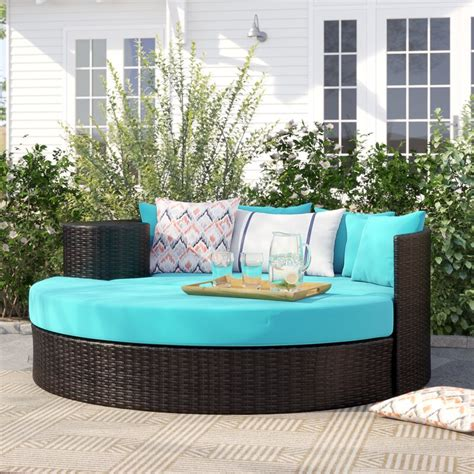 Freeport Patio Daybed with Cushion