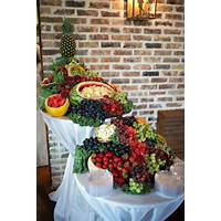 Fruit displays & recipes for weddings & luau theme parties instruction