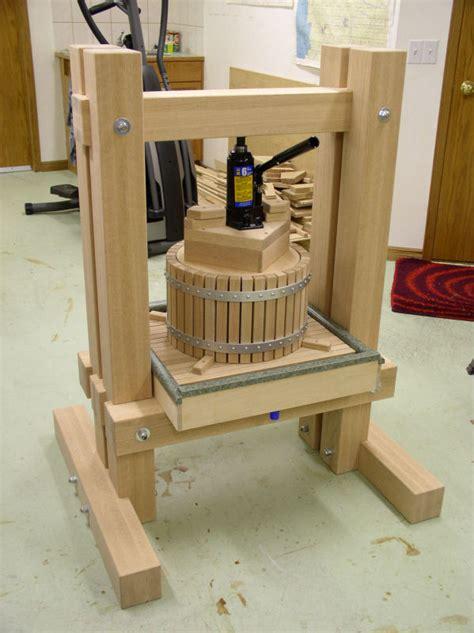 Fruit press woodworking plans Image