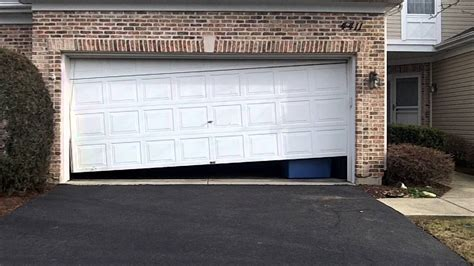 Garage Door Closes Crooked Make Your Own Beautiful  HD Wallpapers, Images Over 1000+ [ralydesign.ml]
