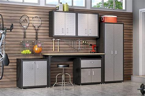 Garage wall cabinet design Image