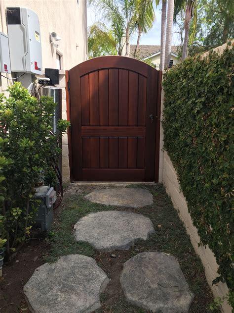 Garden side gates Image