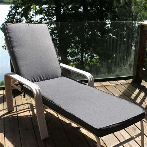 Gilbertson Chaise Lounge with Cushion