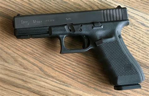 Glock 17 Gen 4 Medium Backstrap