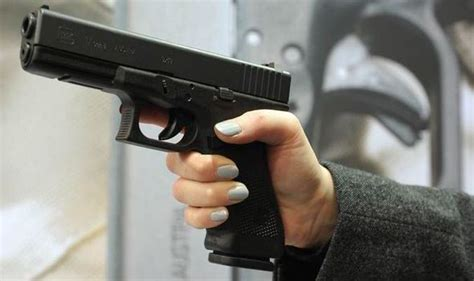 Glock 17 Or 19 For Small Hands