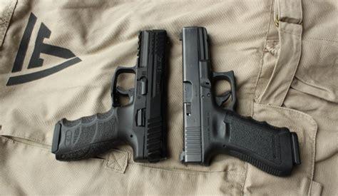 Glock 17 Vs Hk Sfp9