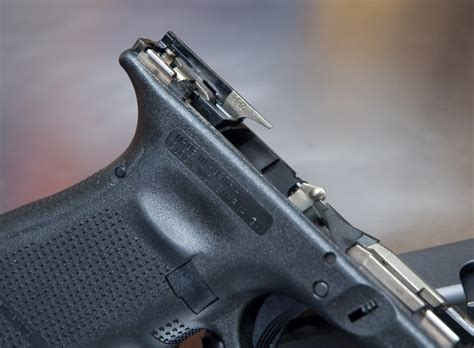 Glock 19 Ejector