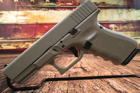 Glock 19 Gen 4 Cerakote Coytoe Tan