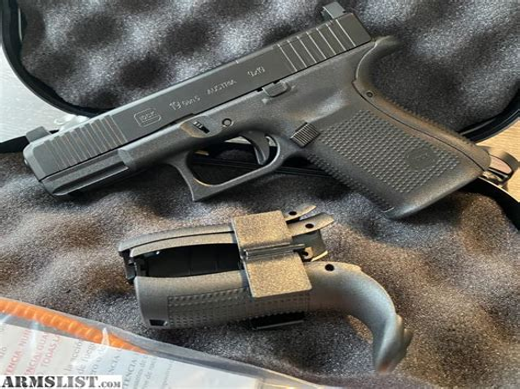 Glock 19 Gen 5 Mos Factory Night Sights