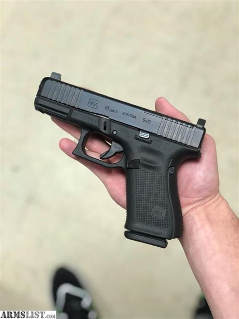 Glock 19 Gen 5 With Night Sights For Sale