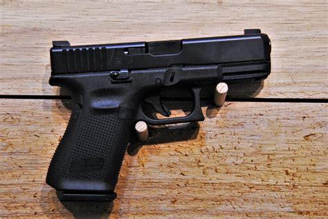 Glock 19 Or M Amp