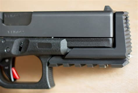 Glock 19 Standoff