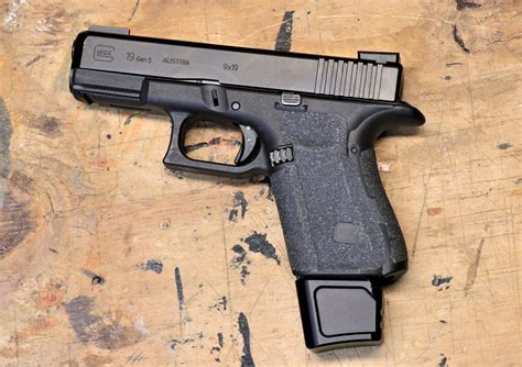 Glock 19 With Extended Mag