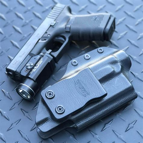 Glock 19 With Streamlight Tlr 1 Holster