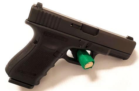 Glock 23 Gen 4 With Night Sights