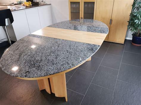 Granit Esstisch