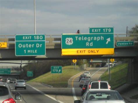 Gun-Store Gun Store In Exit 179.