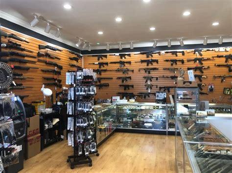 Gun-Store Gun Store Miami 8th Street.