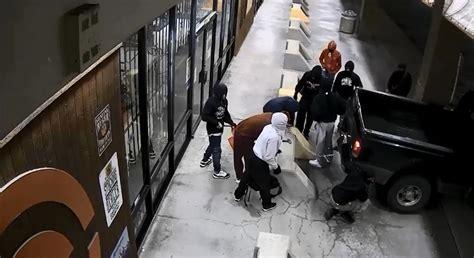Gun-Store Gun Store Robbery Houston.
