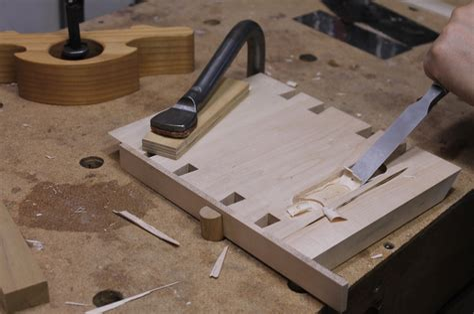 hand planing wood.aspx Image
