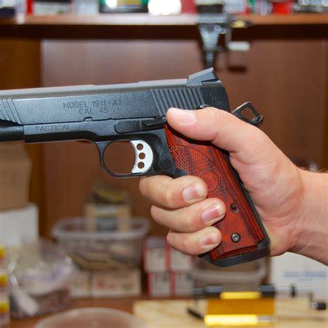 Handgun Grips - Hogue Products