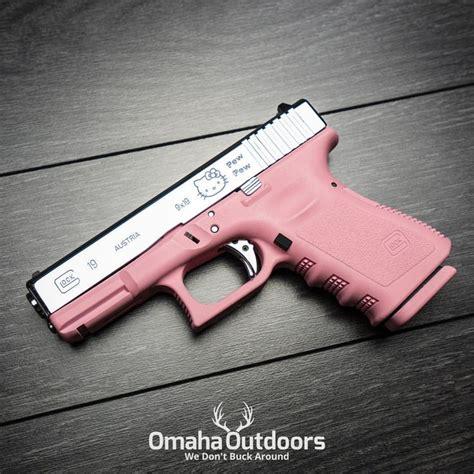 Hello Kitty Glock 19