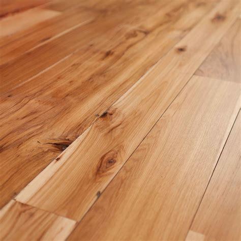 Hickory hardwood lumber Image