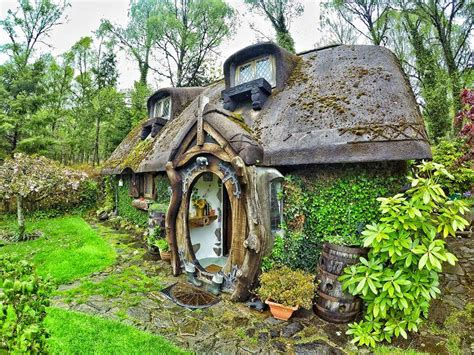 Hobbit Homes Interiors Inside Ideas Interiors design about Everything [magnanprojects.com]