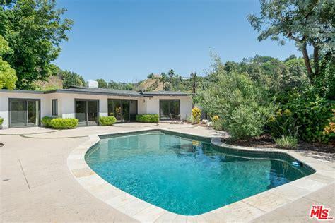 Hollywood Apartments For Rent Math Wallpaper Golden Find Free HD for Desktop [pastnedes.tk]