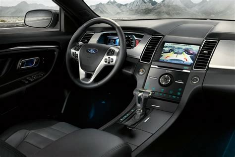 Taurus-Question How Long Is Ford Taurus In Feet.