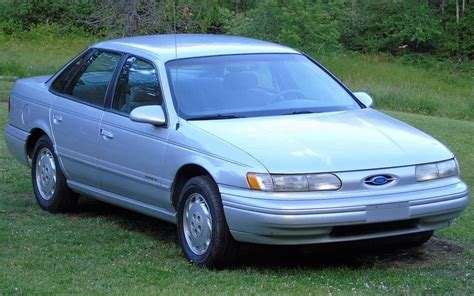 Taurus-Question How Many Tons Is A 1995 Ford Taurus.