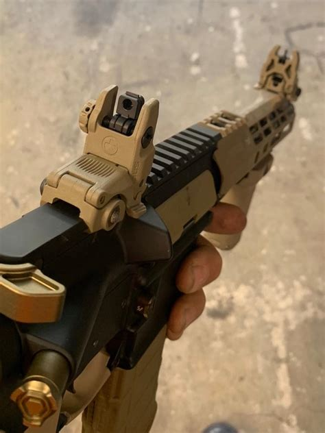How Much Does Magpul Mbuis Weigh