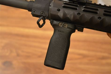 Magpul-Question How To Install Magpul Moe Vertical Grip.