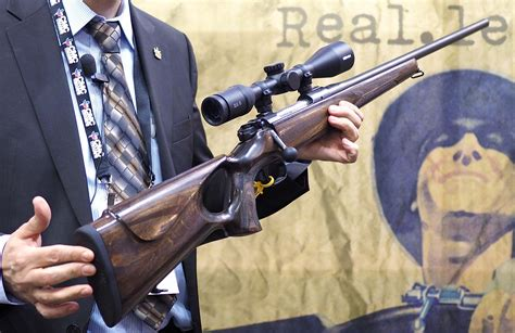 How To Properly Hold A Bolt Action Hunting Rifle