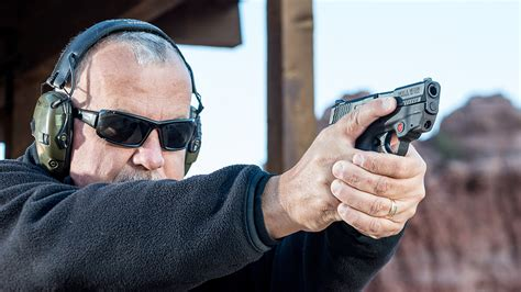 How To Properly Hold A Pistol Grip Shotgun