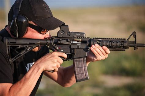 How To Shoot An Ar 15 Properly