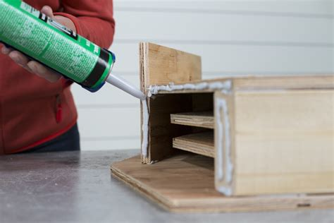 How to build a bat house step by step Image