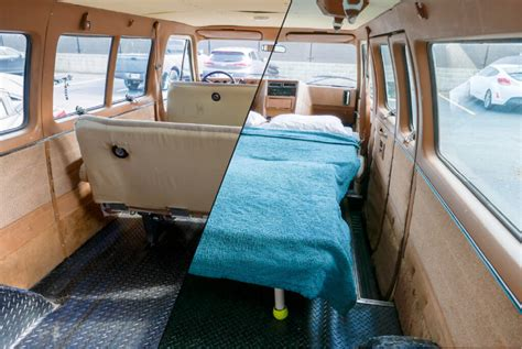 How to build a bench seat for a van Image