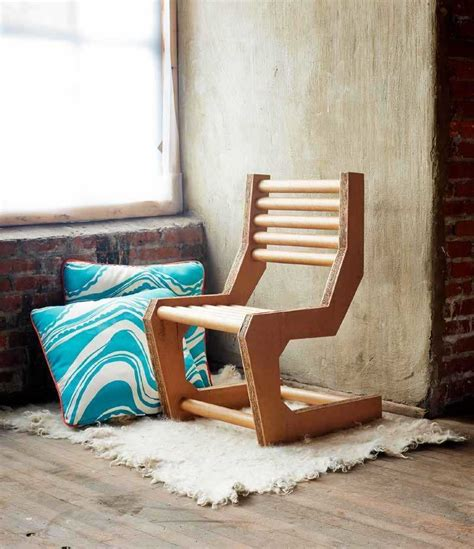 How to build a chair out of cardboard Image
