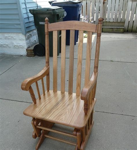 How to build a glider rocking chair Image