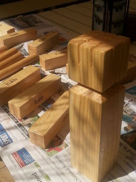 How to build a kubb set Image