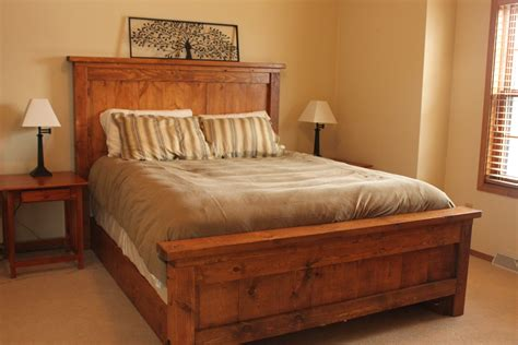 How to build a queen size farmhouse bed Image