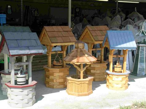 How to build a round wooden wishing well Image