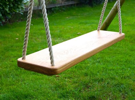 How to build a wood swing seat Image
